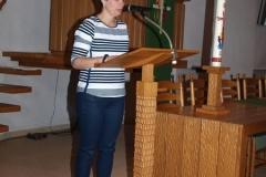 Janneke Pasman leest een gedicht voor